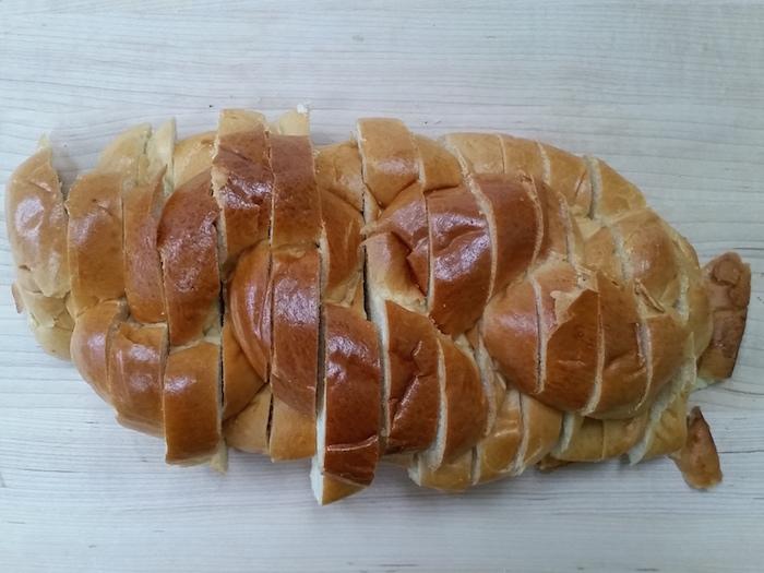 sliced challah
