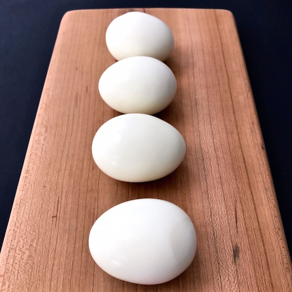 4 perfect hardboiled eggs.