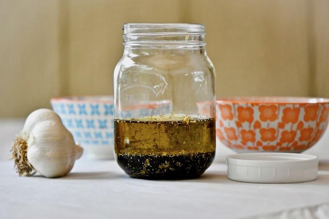Balsamic vinaigrette in mason jar unshaken.