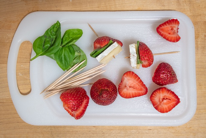 Ingredients for Strawberry Basil Brie Bites