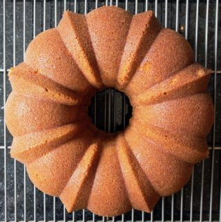 Pisco cake on a rack cooling.