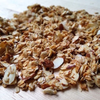 Easy Homemade Granola