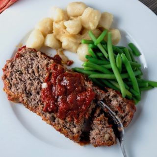 Italian Meatloaf Baked In No Cook Tomato Sauce