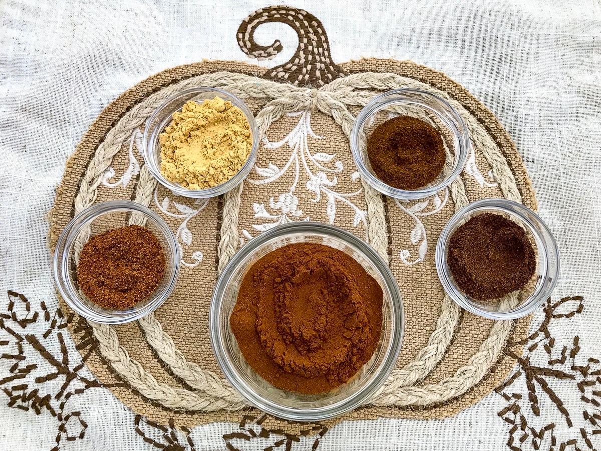 Spices to make pumpkin spice.