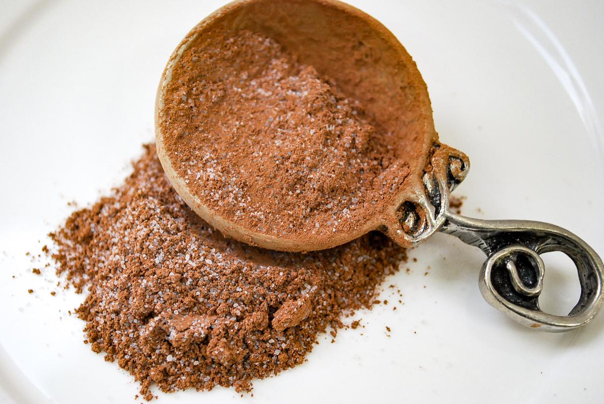 Dry mix to make hot chocolate.