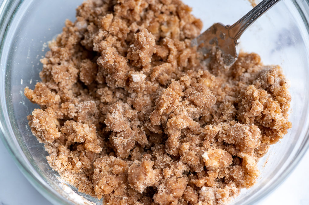 Streusel topping in a bowl.